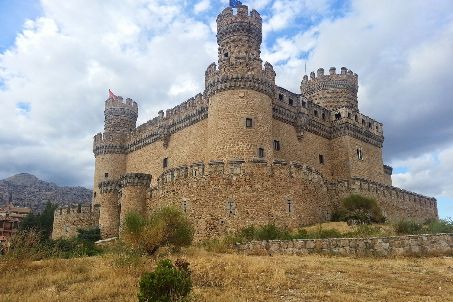 Madrid Castle Manzanares