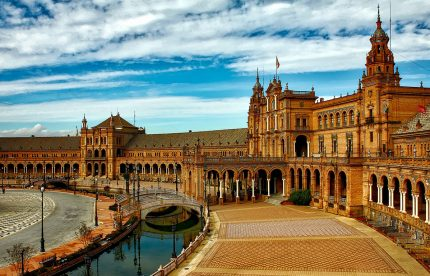 Travel in Spain to Seville