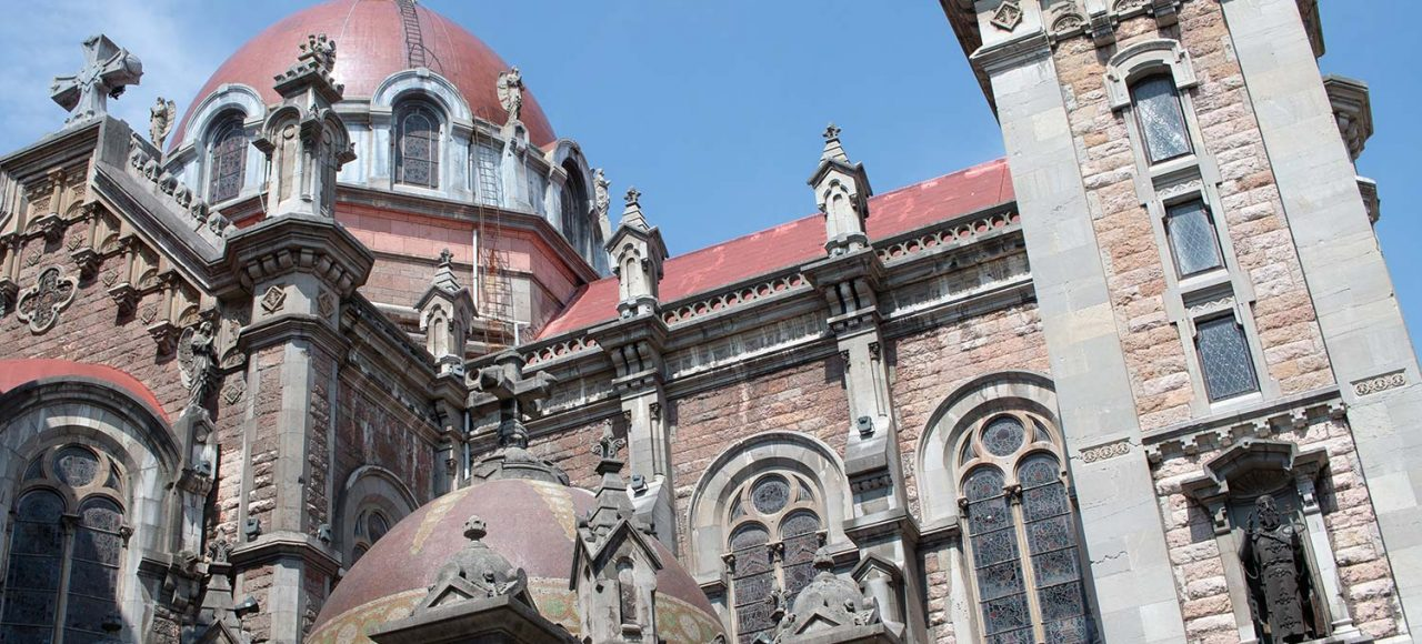Oviedo Building