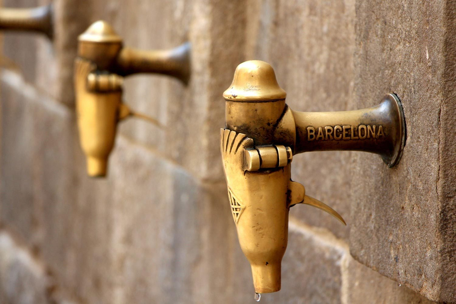 barcelona water taps