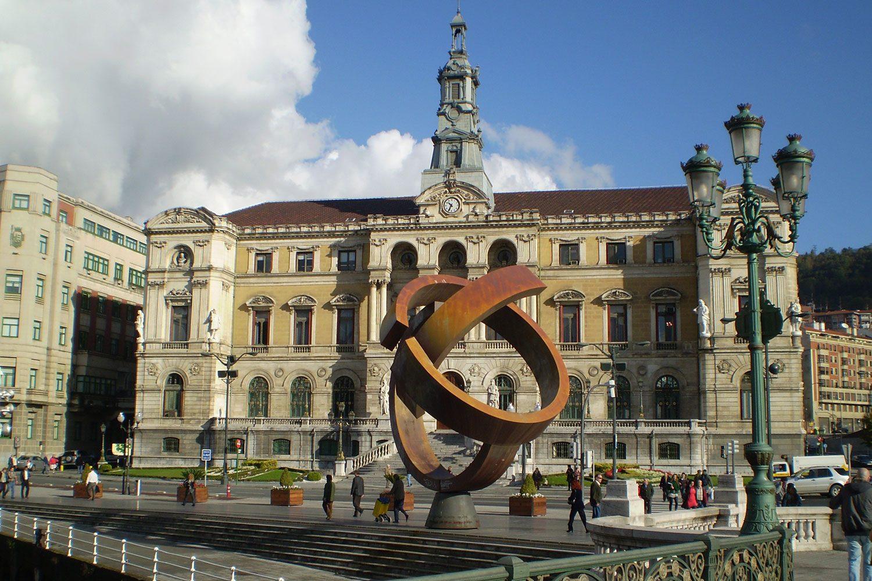bilbao town square